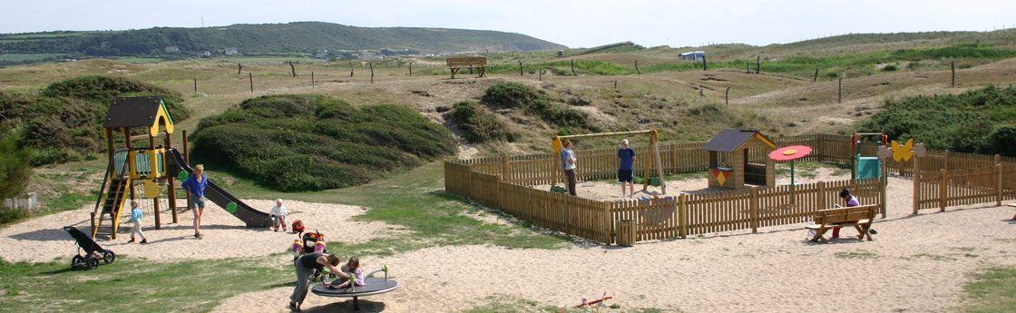 Camping avec aire de jeux pour enfants en Normandie