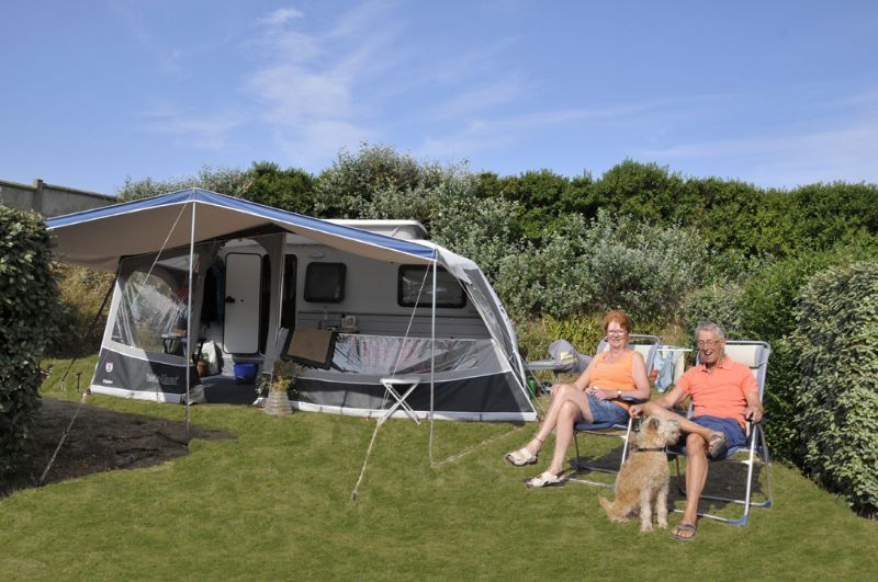 emplacements camping normandie camping le grand large manche. Black Bedroom Furniture Sets. Home Design Ideas