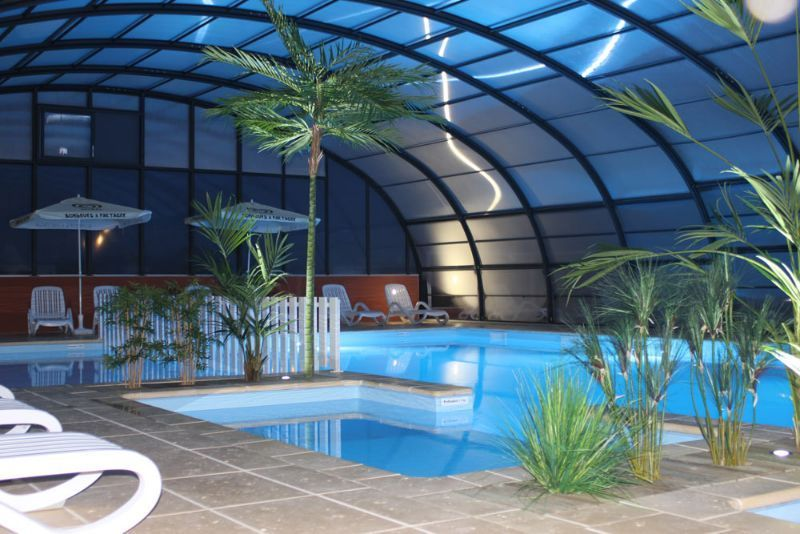 Camping normandie piscine couverte camping le grand for Camping normandie bord de mer avec piscine