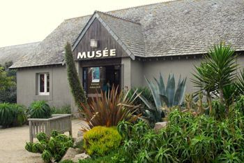 museums in normandy near the campsite